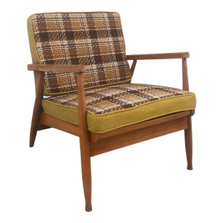 Mid Century Modern Lounge Chair With Vintage Plaid Upholstery For Sale