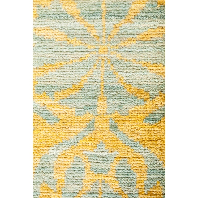 """Contemporary Yellow & Gray Hand-Knotted Rug- 5' 1"""" x 7' 10"""" For Sale - Image 3 of 3"""