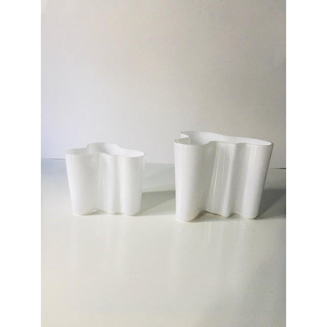 1970s Vintage Alvar Aalto Savoy Vase White - a Pair For Sale - Image 5 of 8