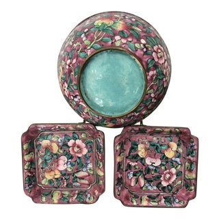 Antique Hand Painted Chinese Bowl and Two Plates, Enamel on Copper, Flower Pattern For Sale