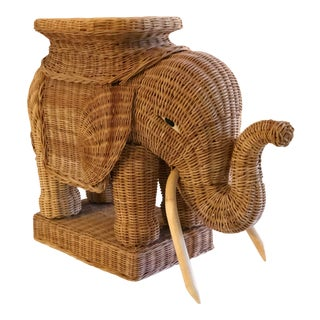 Vintage Wicker Elephant End Table Plant Stand For Sale