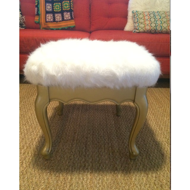 Faux Fur French Provincial Ottoman - Image 5 of 5