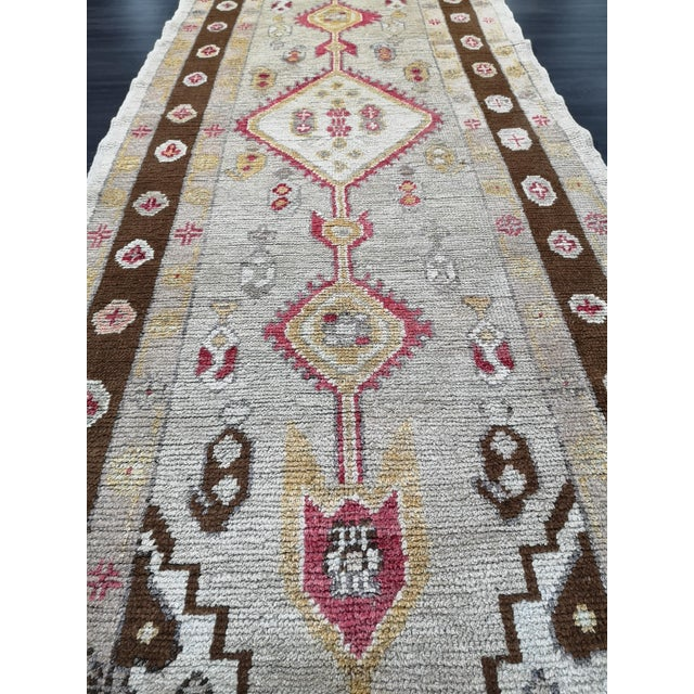 Brown Turkish Contemporary Hand-Knotted Oushak Runner Rug For Sale - Image 8 of 10