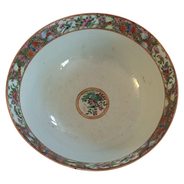 Chinese Export Famille Rose Bowl For Sale
