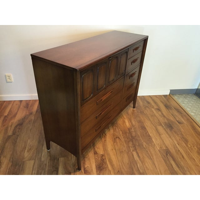 Broyhill Midcentury Modern Broyhill Premier Dresser For Sale - Image 4 of 11