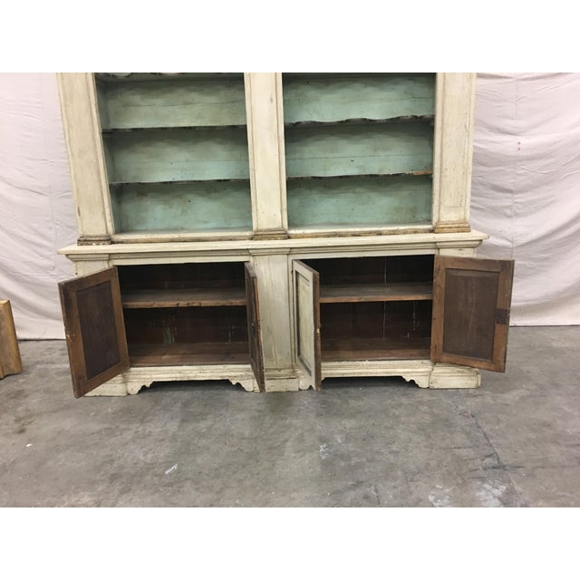 19th Century Italian Tuscan Painted Bookcase Display Cabinet For Sale In Austin - Image 6 of 13