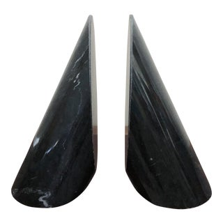 Mid 20th Century Vintage Black Marble Italian Angled Cylindrical Bookends - a Pair For Sale