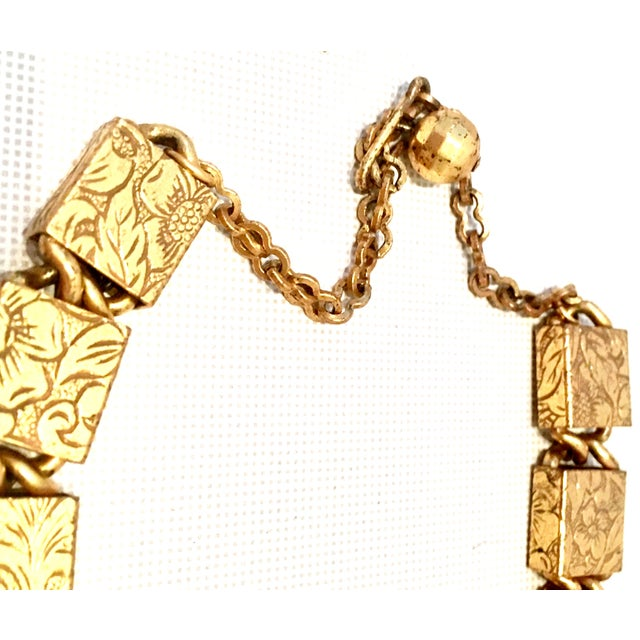 Gold 20th Century Art Nouveau Gold Book Chain Choker Style Necklace & Earrings - Set of 3 For Sale - Image 8 of 13