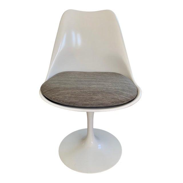 Eero Saarinen Dining Chair For Sale