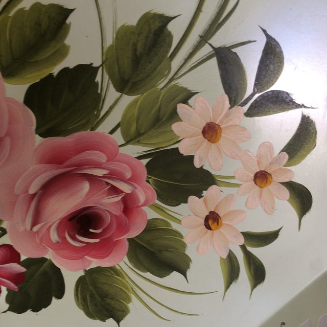 Gold Hand Decorated Light Green Metal Tole Tray With Pink Roses by Pilgram Art For Sale - Image 7 of 13