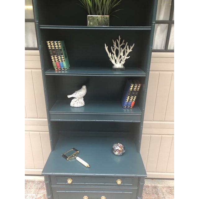 Teal Vintage Thomasville Bachelors Chest With Shelf For Sale - Image 8 of 11