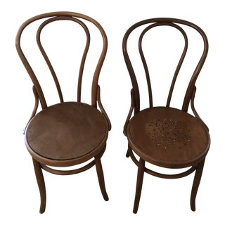 1900's Cottage Herold of Chicago Bentwood Dining Chairs - a Pair