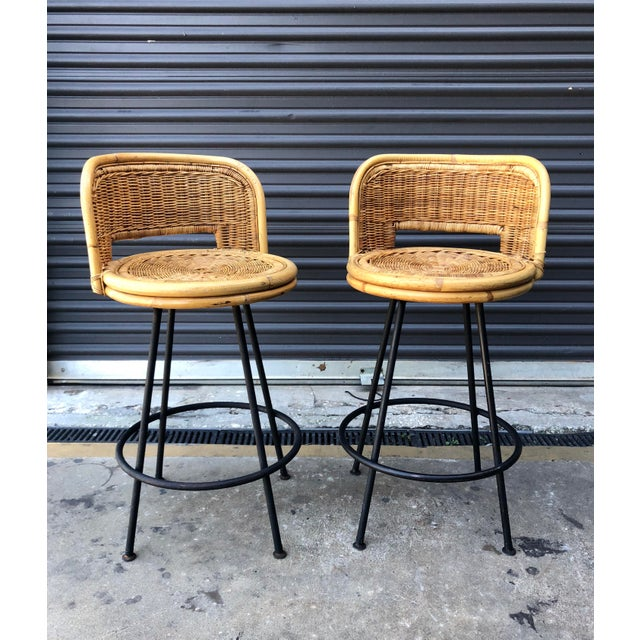 Outstanding Mid Century Wicker Rattan Counter Height Bar Stools Squirreltailoven Fun Painted Chair Ideas Images Squirreltailovenorg