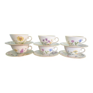 Vintage Wild Flowers Cups & Saucers - Service For 6 For Sale