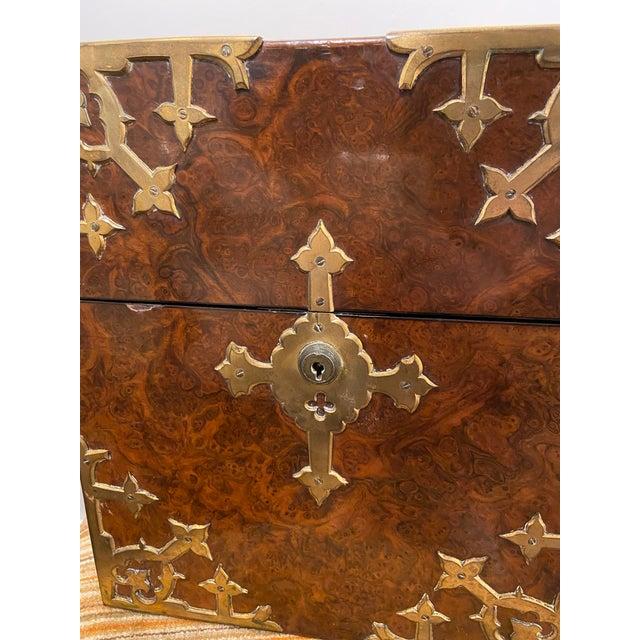 Antique English Burled Walnut Tantalus - 5 Piece Set For Sale - Image 11 of 12