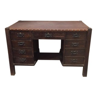 1900s Arts and Crafts Gustav Stickley 9 Drawer Leather Top Desk For Sale