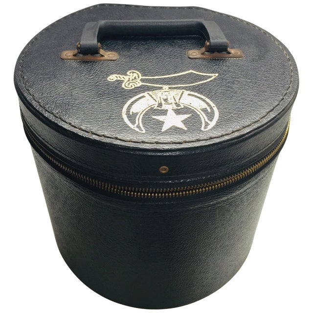 AL Malaikah vintage Masonic Shriner iconic burgundy wool Fez hat with original box. Al Malaikah, legion of Honor vintage...