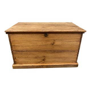 Mid 20th Century Pine Wood Trunk For Sale