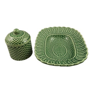 Bordallo Pinheiro Green Basketweave Toast and Jam Dishes - a Pair For Sale
