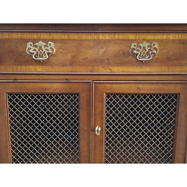 Brown Vintage Henredon Chippendale Style Banded Walnut Nightstands-A Pair For Sale - Image 8 of 13