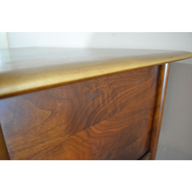 Mid Century Modern Desk by Lane Acclaim For Sale - Image 11 of 12