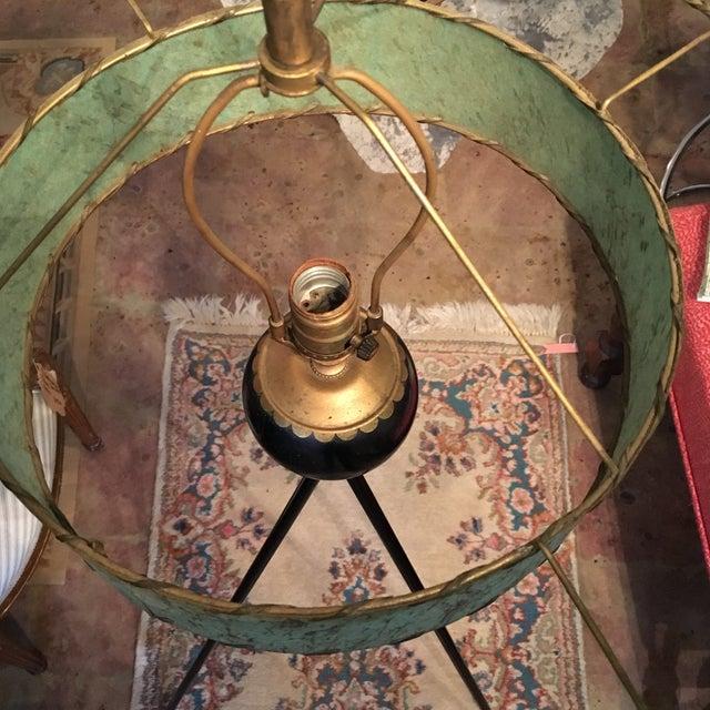 Mid-Century Atomic Tripod Lamp & Fiberglass Shade - Image 3 of 9