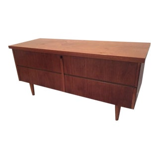 Lane Mid-Century Cedar Chest