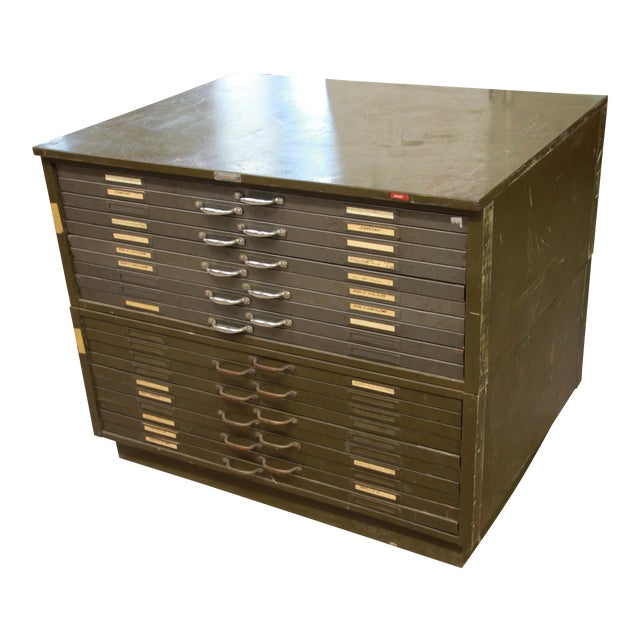 Vintage Industrial Metal 20-Drawer Blueprint Flat File by Hamilton Manufacturing Co. For Sale