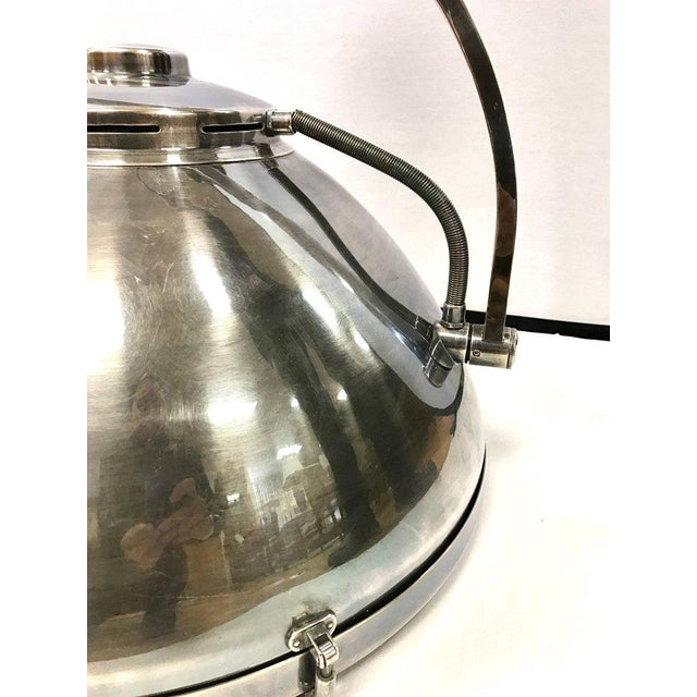 1950s Pair of Industrial Mid Century Hanging Pendant Light Fixtures Lighting For Sale - Image 5 of 11
