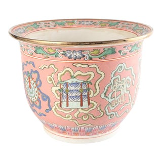 Antique Chinese Hand-Painted Porcelain Planter For Sale