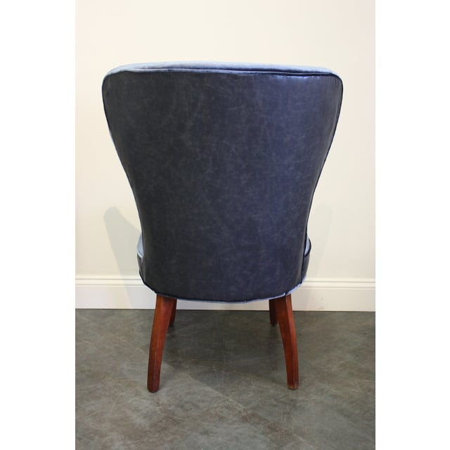 Mid-20th Century Art Deco Midnight Blue Velvet Slipper Chairs - a Pair - Image 5 of 9