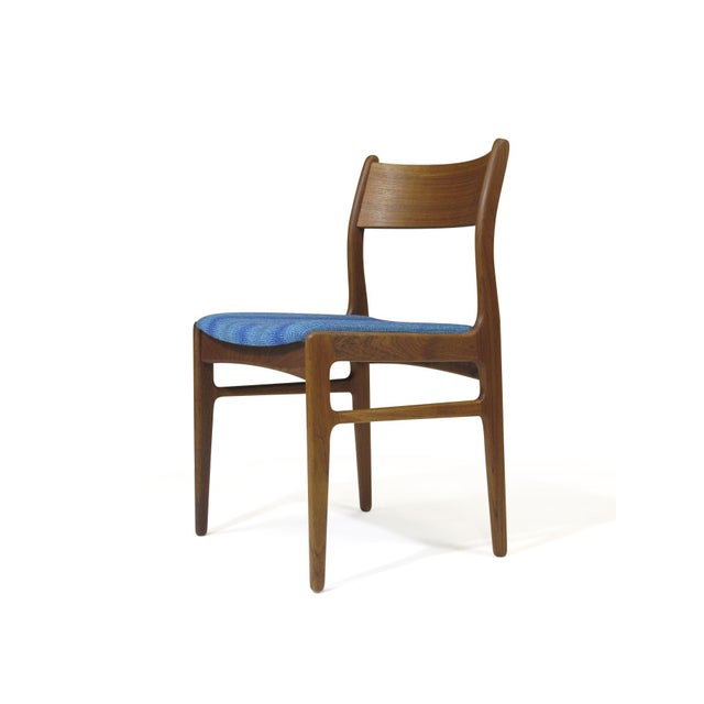 Mid-Century Modern Funder-Schmidt and Madsen Teak Dining Chairs in Blue Wool - Set of 6 For Sale - Image 3 of 11
