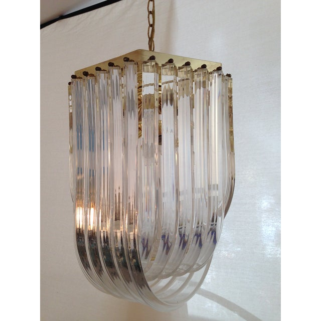 1970s Italian Lucite & Brass Ribbon Chandelier - Image 3 of 6