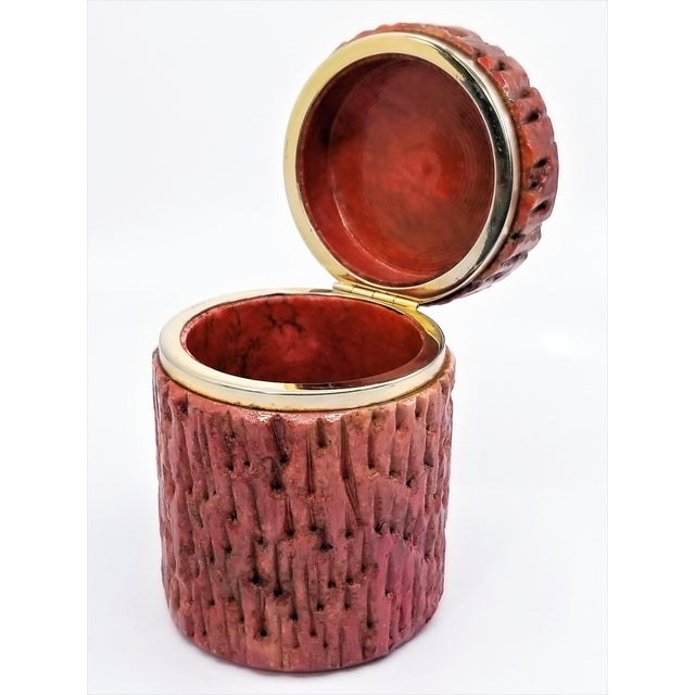 1950s Vintage 1950s Red Alabaster Jewelry Box With a Fois Bois Tree-Like Carved Texture For Sale - Image 5 of 13