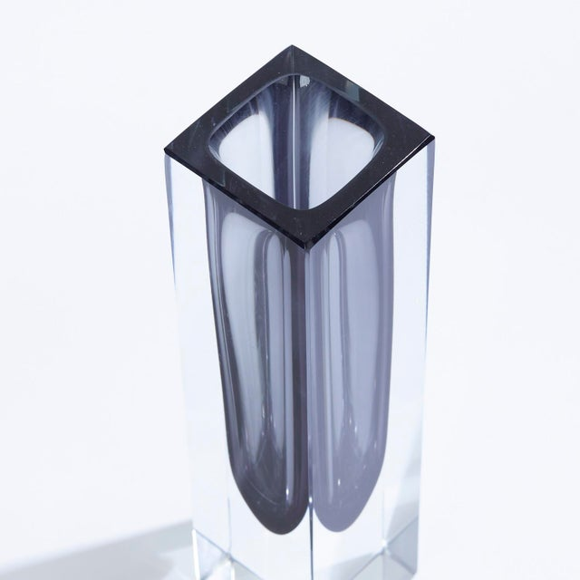 Mid-Century Modern Vintage Dark Green Faceted Sommerso Murano Glass Vase For Sale - Image 3 of 6
