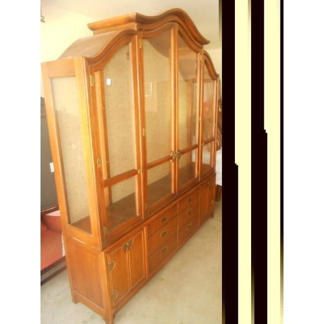 Hickory Mfg. Co. Lighted 2 Piece China Cabinet - Image 3 of 9