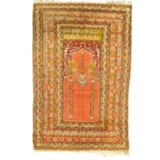 """Early 20th Century Antique Turkish Hand-Knotted Prayer Rug - 4′1"""" × 6′4″ For Sale"""