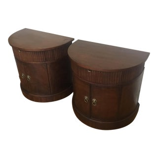 1990s Henredon Historic Natchez Collection Mahogany Demilune Nightstands - a Pair For Sale