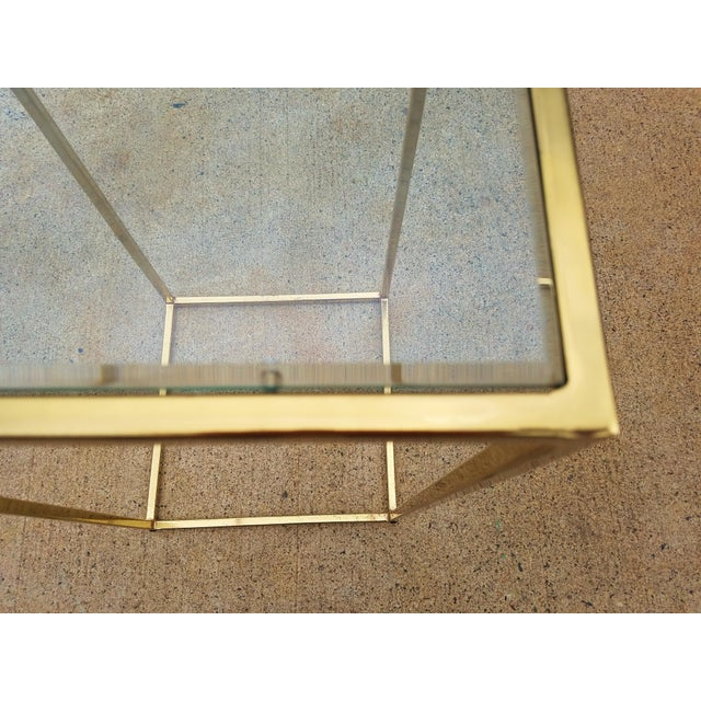 Milo Baughman Style Brass & Glass Pedestal Art Stand For Sale - Image 5 of 7