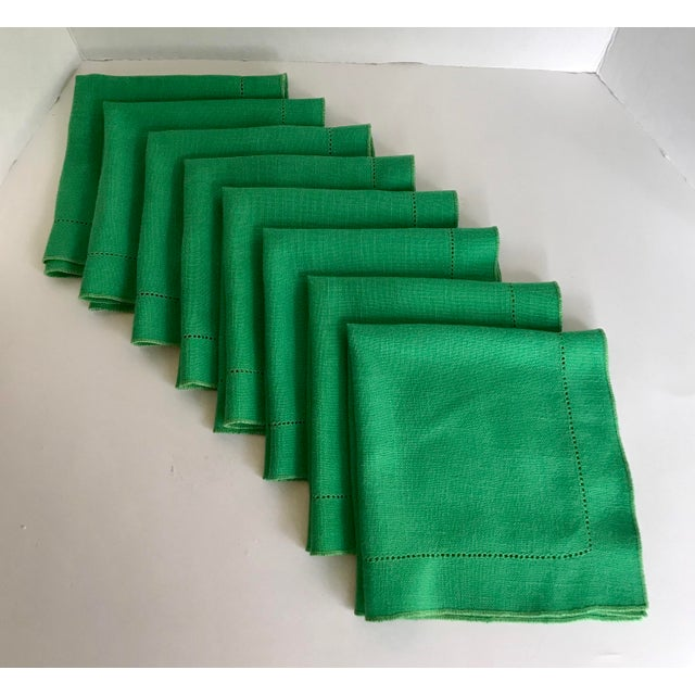 Late 20th Century Set of 8 Vintage Linen Kelly Green Napkins For Sale - Image 5 of 5