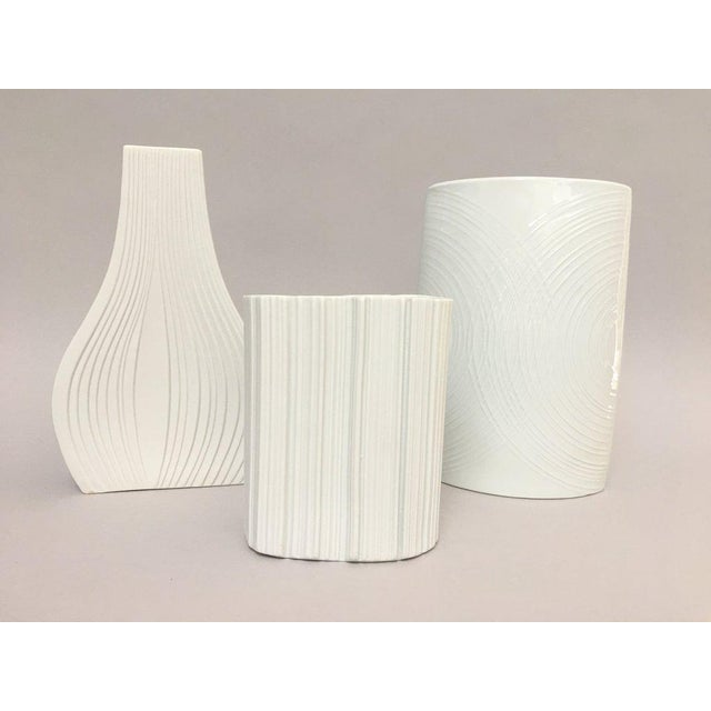 White Modernist White Bisque Porcelain Naaman Ridged Vase For Sale - Image 8 of 10