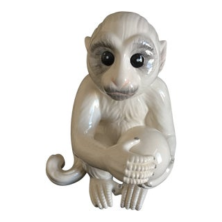 Mottahedeh Ceramic Porcelain White Capuchin Monkey Figurine For Sale