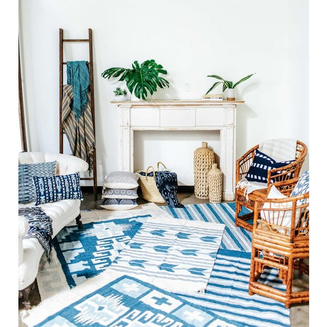 Blue & White Handwoven Geometric Rug - 5′ × 8′6″ For Sale - Image 4 of 4