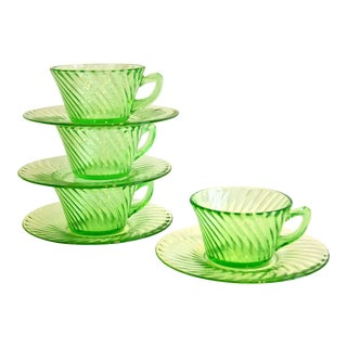 Green Swirl Glass Cups With Saucers - Set of 4