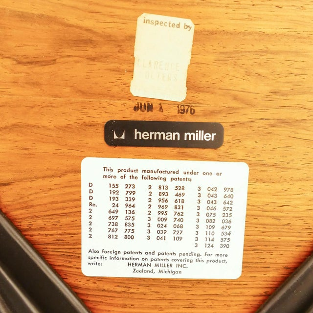 1970s Vintage Rosewood Eams Chair and Ottoman for Herman Miller For Sale - Image 5 of 6