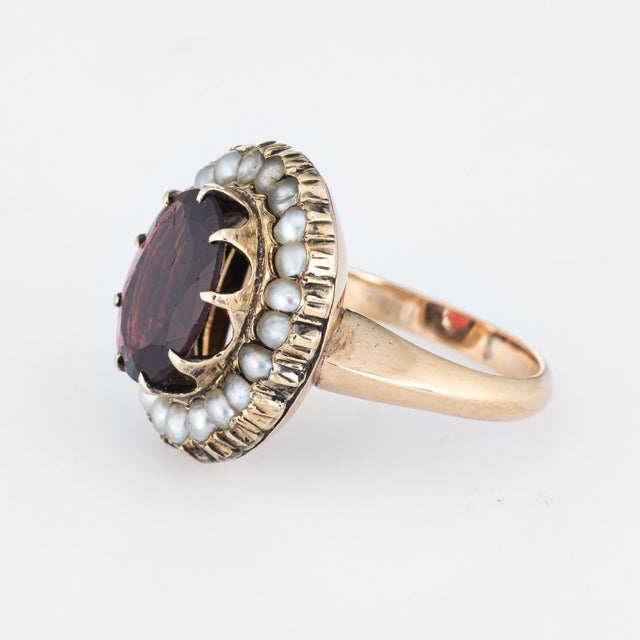 Antique Deco Garnet Natural Seed Pearl Ring Vintage 14 Karat Yellow Gold Pinky For Sale - Image 4 of 7