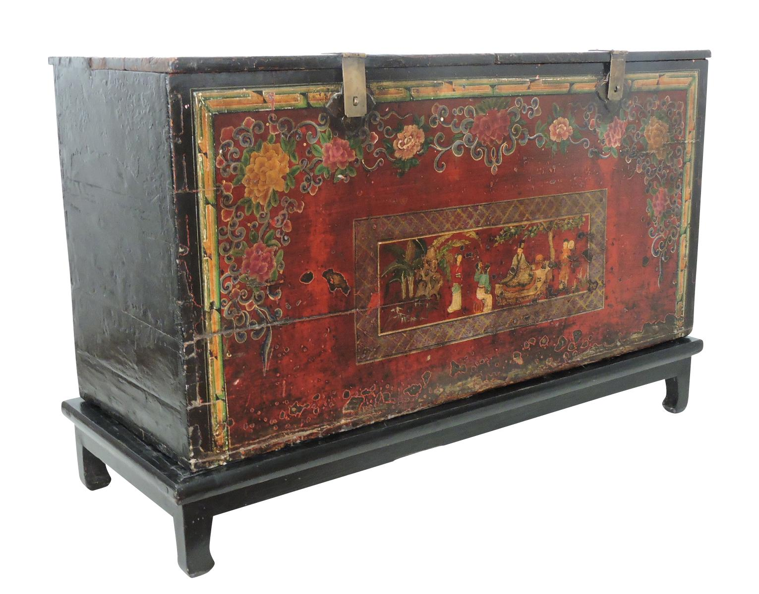 Beau Historical Antique Chinese Storage Chest/Trunk   Image 3 Of 9