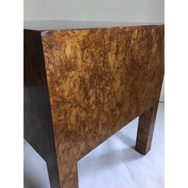 Mid Century Modern Parsons-Style Tortoise Side Table For Sale In Philadelphia - Image 6 of 8
