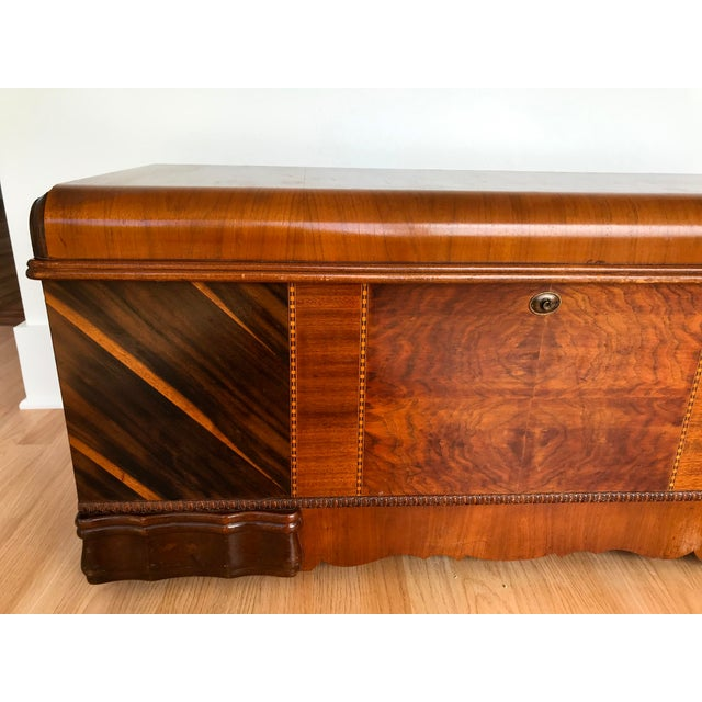 Lane Furniture Art Deco Waterfall Storage Trunk For Sale - Image 4 of 13