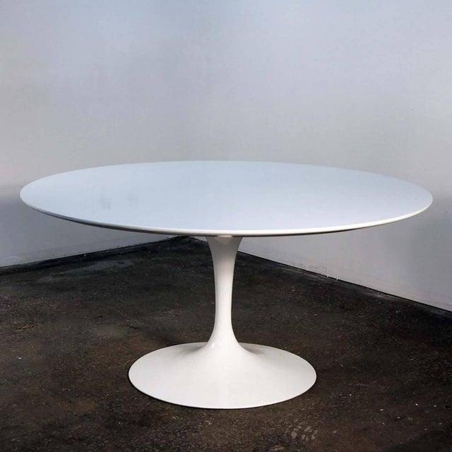 Eero Saarinen For Knoll White Lacquer Tulip Table Chairish